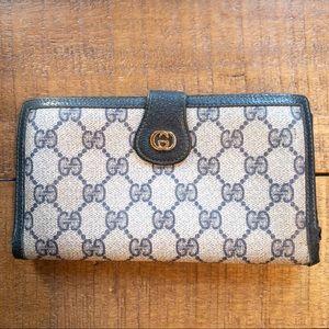 gucci // wallet